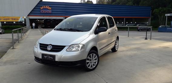 Volkswagen Fox 1.6 Plus Completo Com Rodas