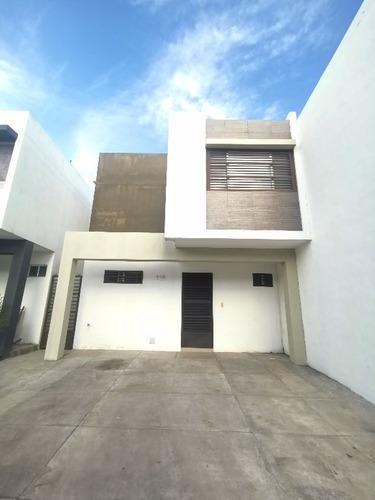 345207-casa En Renta En Col. Privalia Concordia En Apodaca