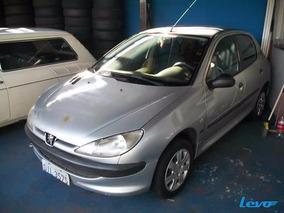 Peugeot 206 - Ano 2003 - Prata - Basico;