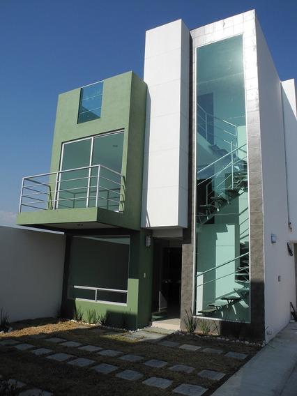 Casa Semi-nueva En Cuautlancingo 5 Min. De Volkswagen