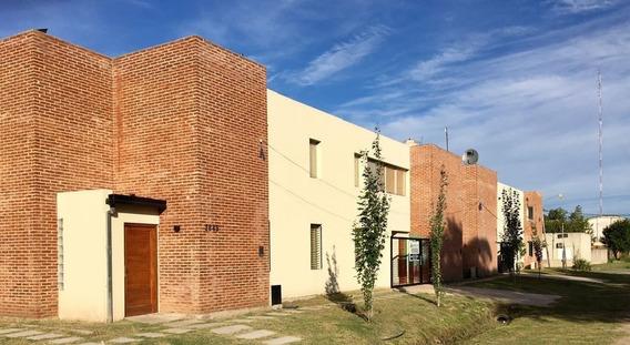 Duplex Tipo Casa A Estrenar En Jose Hernandez La Plata