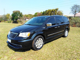 Chrysler Town & Country 2015 Limited Top De Linha 3.6 V6
