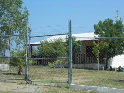 Casa Chica Con Terreno En Campestre En Allende Nl 92m²