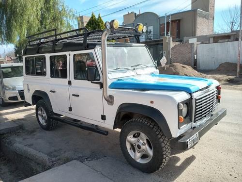 Land Rover Modelo 97 Defender 110