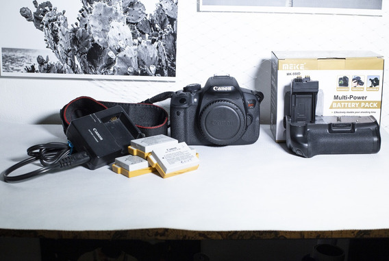 Câmera Canon Eos T5i (corpo) + Acessórios