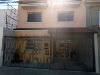 Renta Casa En Pa En Col 8 De Julio - 0054002000