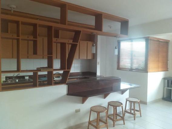 Apartamento En La Urb. Trigal Norte, Valencia. Cod: Lema-453