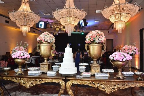 Imagem 1 de 5 de Decoração De Casamentos, 15 Anos, Formaturas