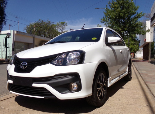 Toyota Etios 5 Ptas Xls M/t6 Vel. 0km My21 Blanco Disponible