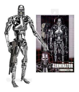 The Terminator Endoskeleton De Neca Modelo T800 Nuevo