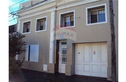 Casa En Venta Bª. Belgrano 4 Dormitorios