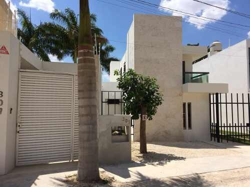 Se Renta Casa Con Opción A Usarse Como Oficina En Benito Juárez Norte