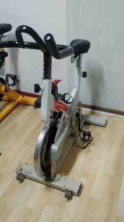 Bicicleta Spinning Movement Summer G2 E Lion Fitness Usadas