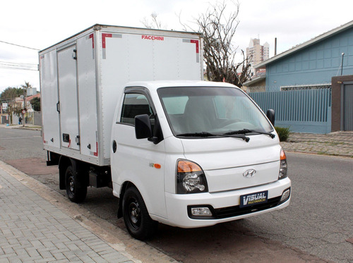 Imagem 1 de 11 de Hyundai Hr 2.5 Hd Turbo Diesel Manual 6m - 2020 - Branco