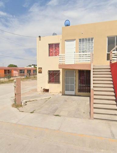 Duplex En Venta En Col. La Virgen,sgs.