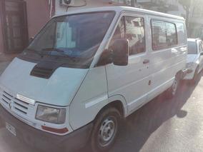 Renault Trafic 1.9 Diesel Ta8j Corta 2000