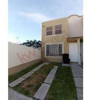 Casa En Renta Amueblada Y/o Sin Amueblar, A 5 Min. De Plaza Patio, Qro. Qro.