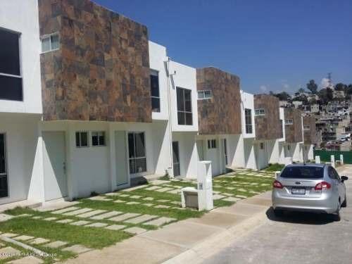 Casa En Venta En El Pedregal, Huixquilucan, Rah-mx-20-1433