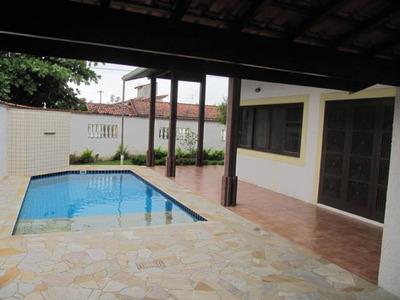 Casa Para Venda Em Itanhaém 2 Dormitórios