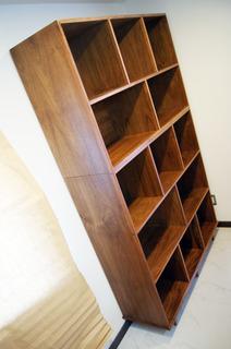 Librero Tuunich