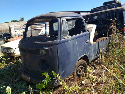 Volkswagen Kombi Pick-up Sucata