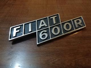 Fiat 600 R - Insignia Trasera Metálica
