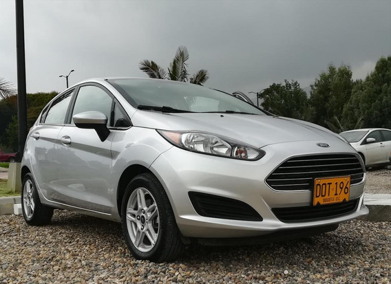 Ford Fiesta Hatchback Se Mt 2017
