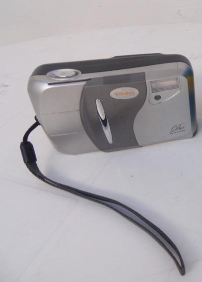 Camera Yashica Tron 28mm Lens Duo Auto Flash