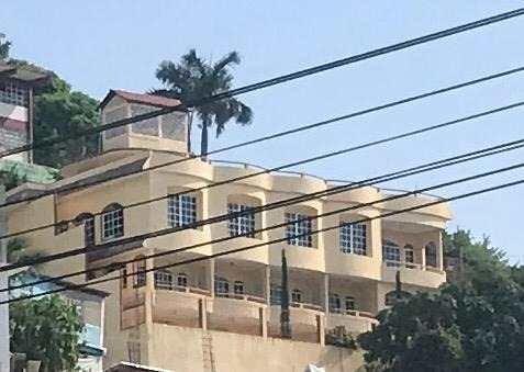 Casa Sola En Venta En Col. Jardín Palmas