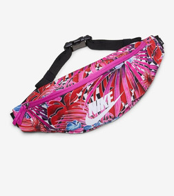e48552ba4e6 Cangureras Nike Para Mujer en Mercado Libre México