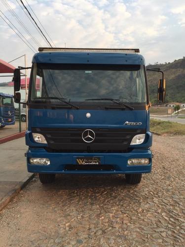 Caminhão 2425 Mercedes Benz