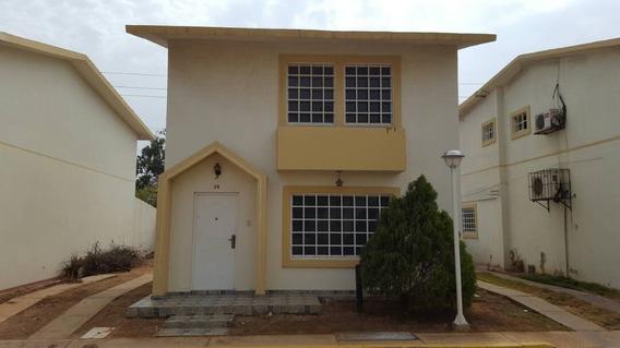 Casa En Conjunto Cerrado Venta Av Goajira Mcbo Api 30301 Lb