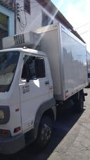 Agrega-se Vans Refrigeradas 2 Ton