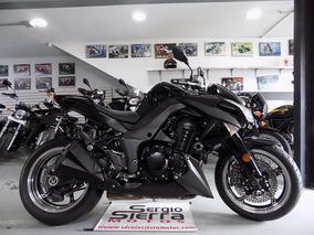 Kawasaki Z1000 Negra 2011