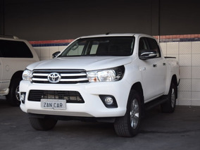 Toyota Hilux Srv Cd 4x4 At 2017