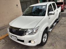 Toyota Hilux 2013 Impecables Condiciones A/c Std Bedliner