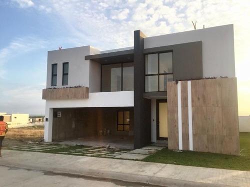 Casa Sola En Venta Fracc. Punta Tiburón