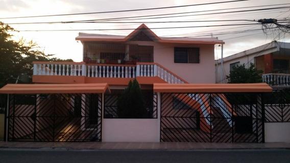 Casa En Venta En Calle Principal Bayona