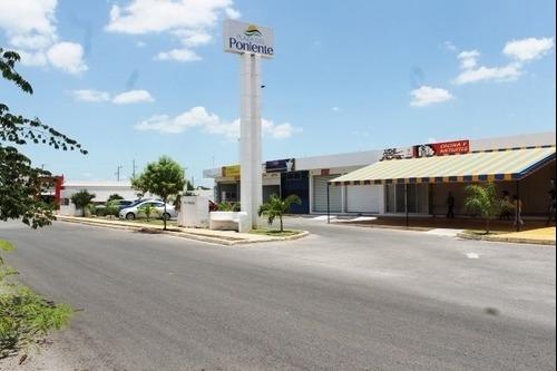 Local En Venta Plaza Del Poniente, Paseos De Opichen