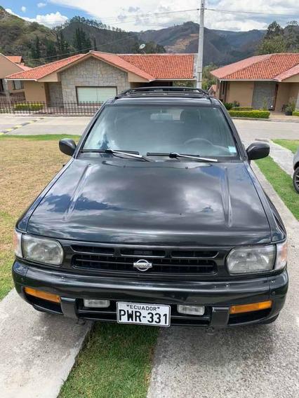 Nissan Pathfinder .