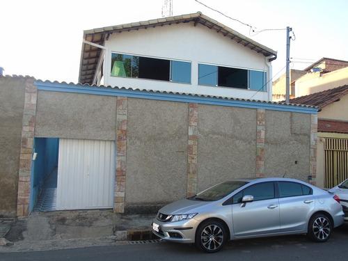 Casa Com 4 Quartos Para Comprar No Conjunto Água Branca Em Contagem/mg - 866