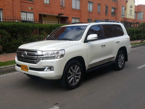 Toyota Landcruiser Lc200 Imperial Tp 4600cc Gsl 4x4 7psj Fe