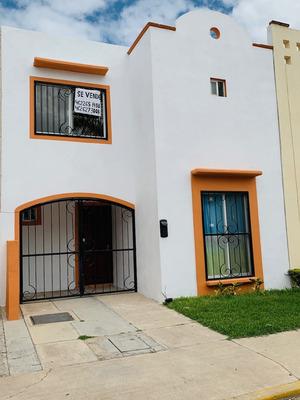 Tu Casa En Calle Privada 3 Recám. 2 Baños Y 1/2 Con Cochera