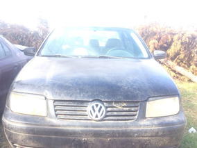 Volkswagen Jetta Año 2002. Solo Por Partes..repuestos Villa