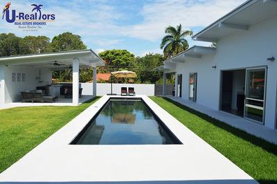 Unique Beautiful Modern House For Sale In Coronado Golf !!!