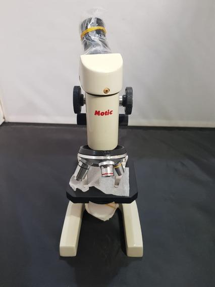 Microscópio Motic