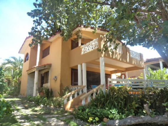 Villa De Alquiler En Juan Dolio En La Playa