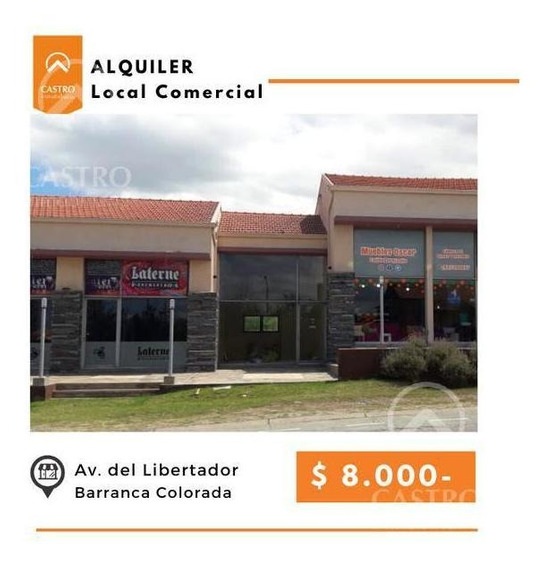 Local Sobre Avenida Principal - Barranca Colorada