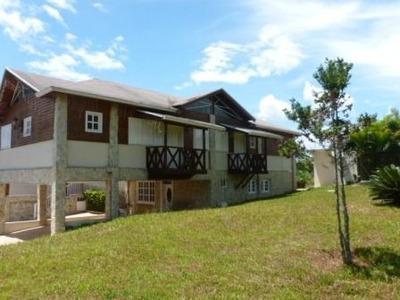 Villa En Jarabacoa, 6habs. 7baños, Estar, Estudio,terraza