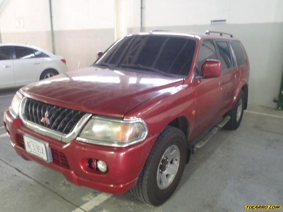 Mitsubishi Montero Sports